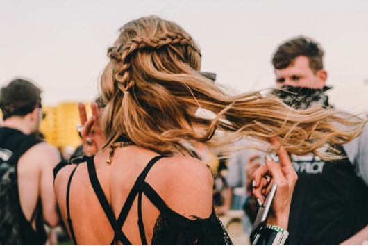 Kelowna Hair Salon Plan B - Beachy wave hairstyle for festivals